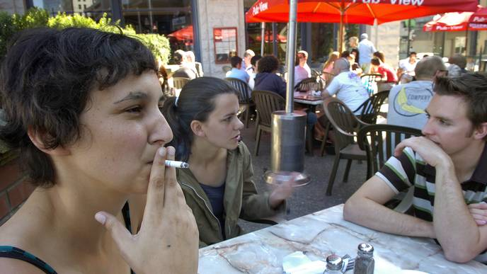 County Smoking Bans in Bars, Restaurants Cut Asthma-Related Hospitalizations