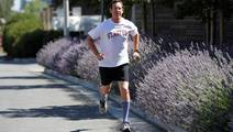 Ibuprofen Doubles Risk of Kidney Injury in Distance Runners